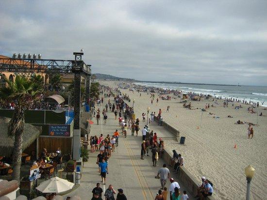Mission Beach Boardwalk A View Of Mission Beach Looking Out Toward Ocean Beach