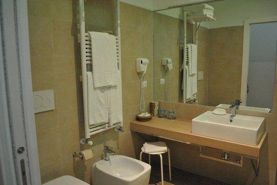 Eco-Hotel La Residenza : baño