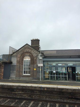 Bracken Court Hotel : Train Station Balbriggan