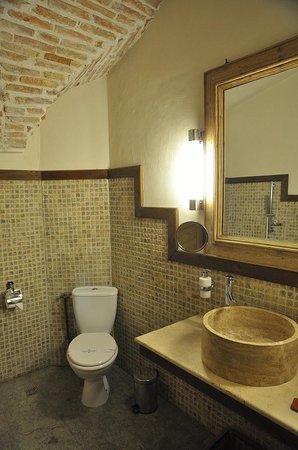 Fronius Residence: The lovely bathroom