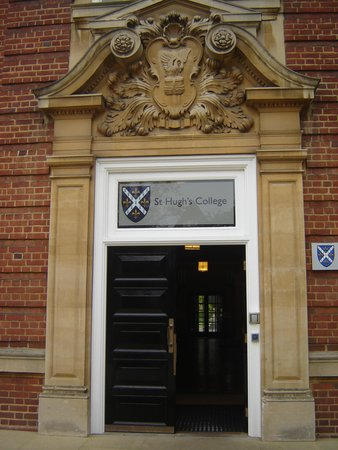 St Hugh's College: Main Building Entrance, St. Hugh's College