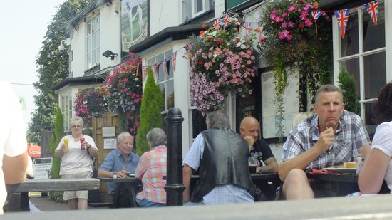 The Greyhound Inn: outside seating