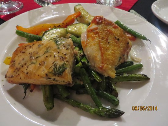 Famous People Players Dinner Theatre: Salmon and Chicken (we shared!!)