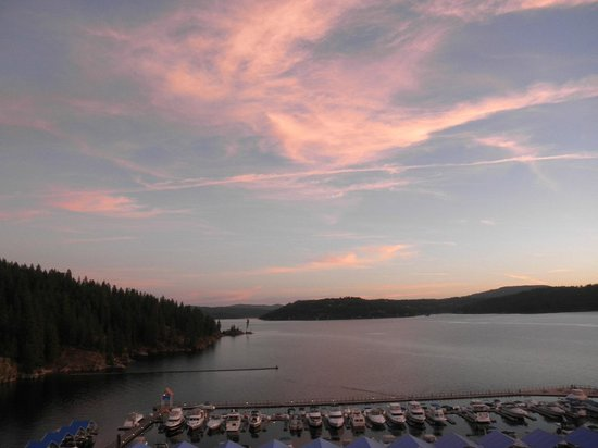 The Coeur d'Alene Resort: View of Lake Coeur D'Alene from my hotel room