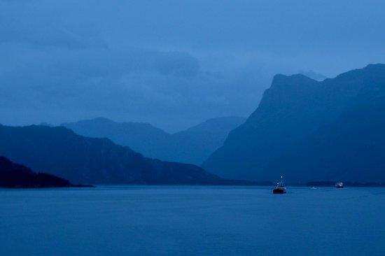 Bremanger Municipality, Noruega: View from Sea
