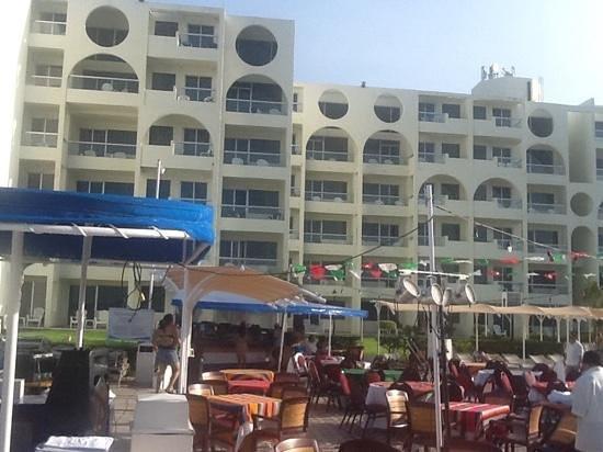Aquamarina Beach Hotel: hotel