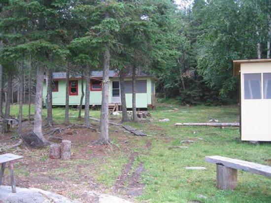 Nakina, แคนาดา: Exterior Meta Cabin