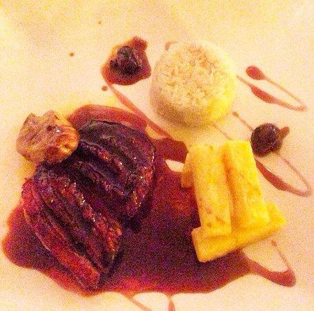 La Marquesita: Magret de pato con foie