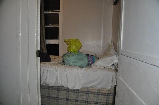 Airways Hotel Victoria London: Room 1