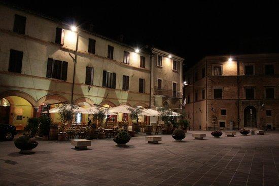 Palazzo Bontadosi Hotel & Spa : la piazzetta