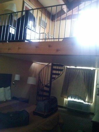 Days Inn And Suites Downtown Gatlinburg Parkway : nice room