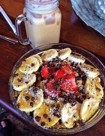 Choice Health Bar : Acai Bowl - simply delicious!