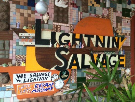 Satchel's Pizza: Lightning Salvage