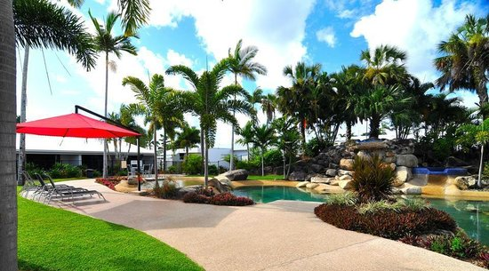 Mission Beach Resort: Ti Tree Pool & Spa