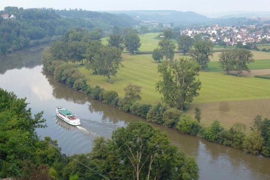 Hotel am Kurpark: View of Neckar River from Bad Wimpfen town wall.