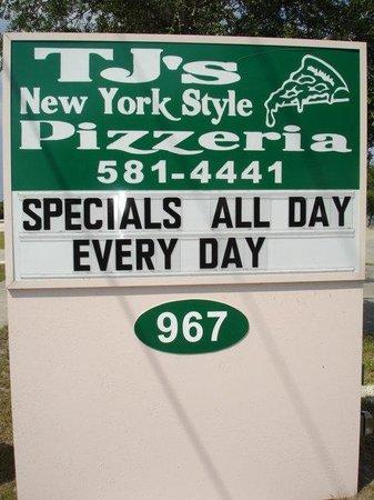 TJ's New York Style Pizzeria