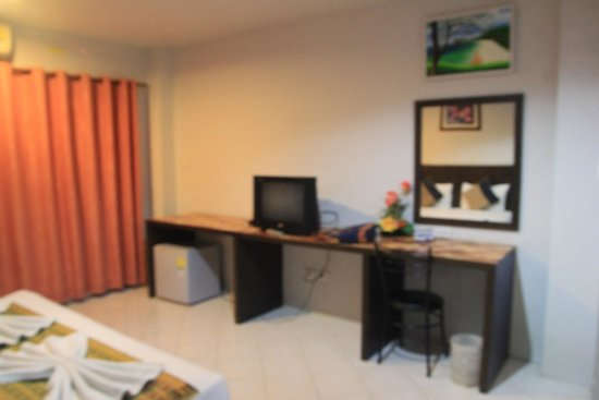 Ascot Krabi : spacious room