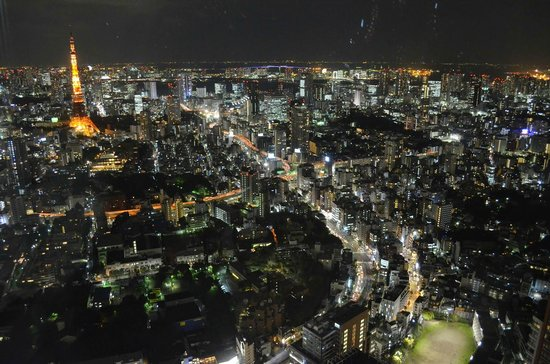 Roppongi Hills, Shop & Restaurant Area: at the peak of roppongi hills
