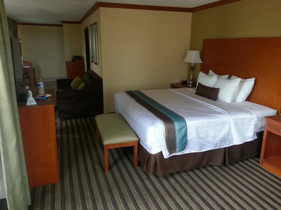 Best Western Plus Seawall Inn & Suites By The Beach: Bed