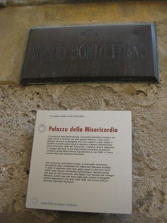Museo Donizettiano: Табличка у входа