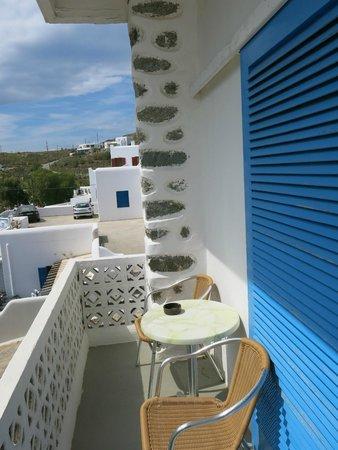 Akti Irini Hotel : 每間房間都有陽台,很寫意