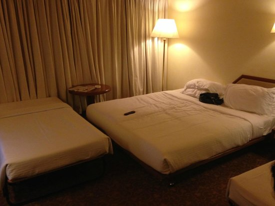 Casino Hotel : The double bed with extra bed No 2