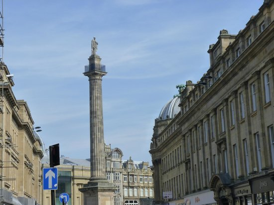 Grey Monument in Grey Street