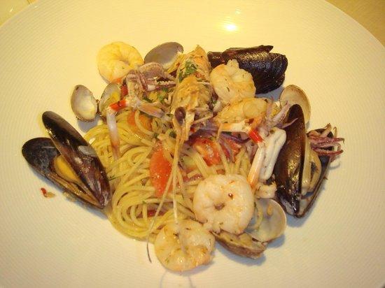 Arancino di Mare: 魚介のペスカトーレ     夜は並んでたけどoutsideじゃなければ待たずに入れてくれました