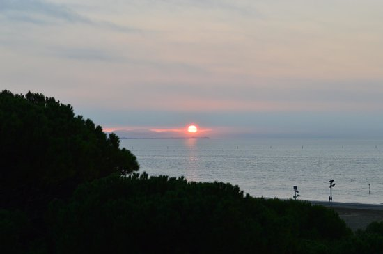 Hotel Europa: Sonnenaufgang (4.OG) seitlicher Meerblick