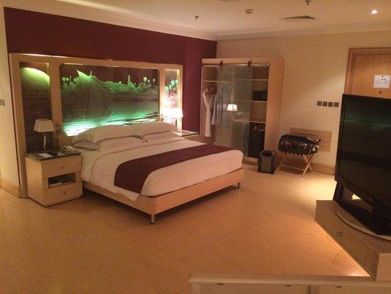 Le Royal Hotel: My room