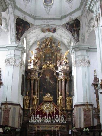 Stift St. Peter: 内部