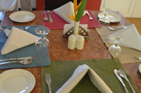 Tea Bungalow : Dining Table