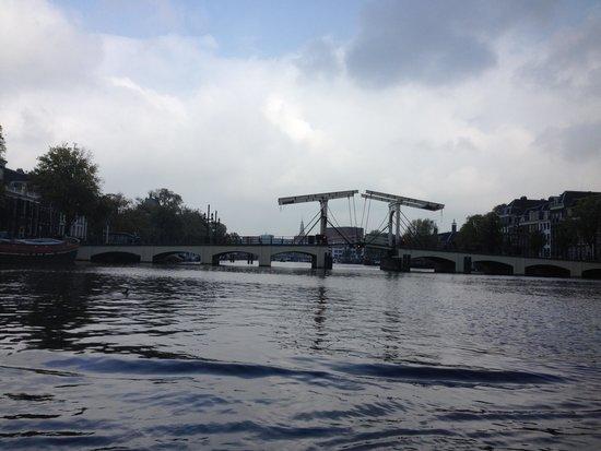 "Rederij Aemstelland Private Boat Tours: The ""skinny bridge"" of Amsterdam"