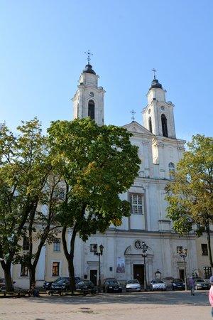 Church of St. Francis Xavier: こんな教会