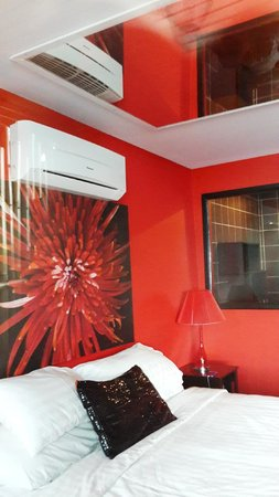 THE BAY Resort & Restaurant: Bedroom