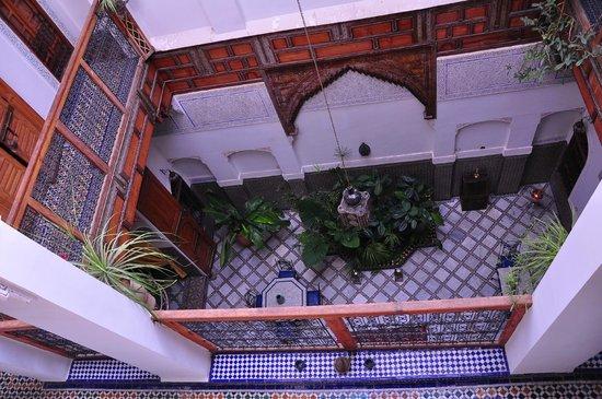 Riad Laayoun: Main courtyard