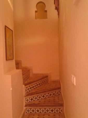 Riad Massin: stairs