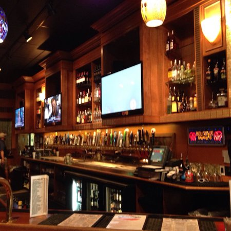 nice bar with tvs around to watch the game picture of chumley 39 s lafayette tripadvisor. Black Bedroom Furniture Sets. Home Design Ideas