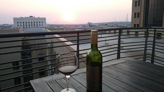 Faircity Mapungubwe Hotel Apartments: Gorgeous sunset view from private balcony