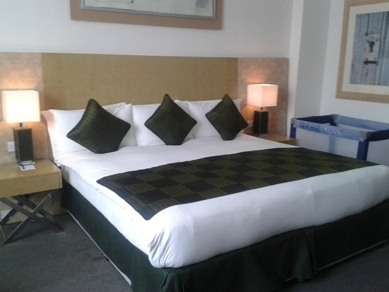 Park Plaza Cardiff: Bedroom