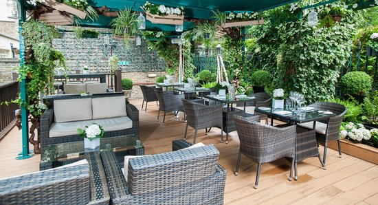The Montague on The Gardens: The Wood Deck