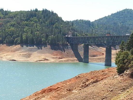 Shasta Lake: I-5 Bridge area