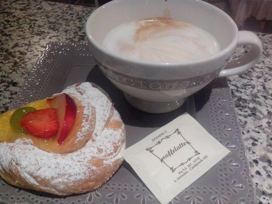 Casalgrande, อิตาลี: Caffelatte