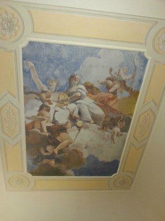 Antica Dimora Villa Basilewsky : Deckenfresko in unserem Zimmer