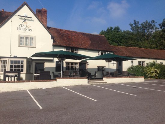"""Binfield, UK: """"The Stag and Hounds"""""""