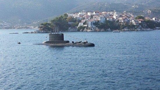 Skiathos, Grecia: υποβρυχιο εξω απτο Μπουρτζι