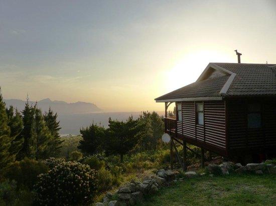 Lalapanzi Lodge: Ezantsi Lodge