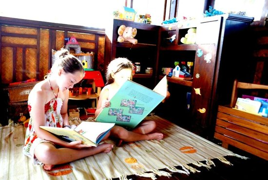 Good Time Resort Koh Mak: Kids corner..they love it
