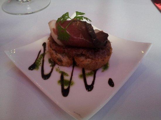 Foie gras appertizer photo de la table du 9 gen ve for La table du 9