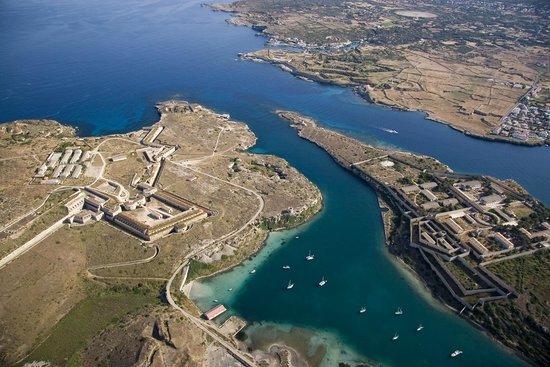 La Mola de Menorca: Vista aerea,
